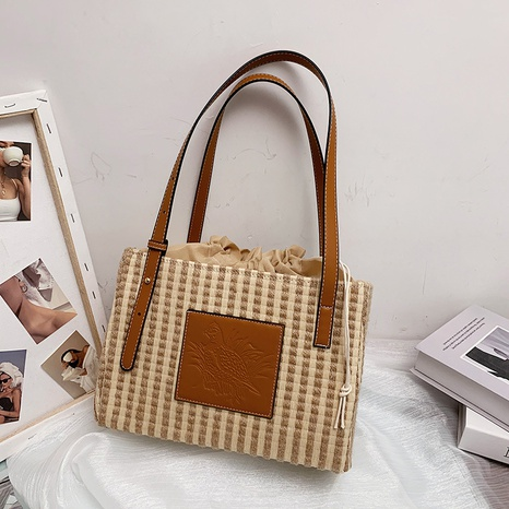 fashion contrast color woven one-shoulder underarm bag  NHWH368403's discount tags