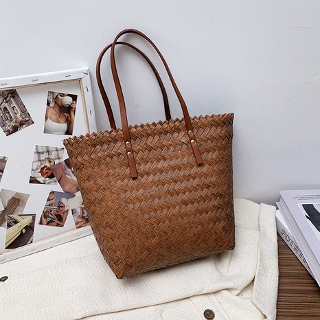simple straw woven one-shoulder underarm tote bag wholesale  NHWH368420's discount tags