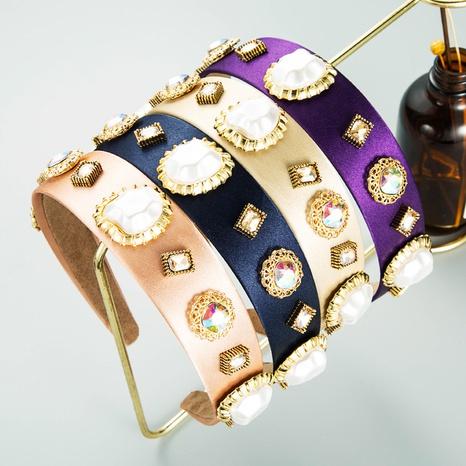 Diadema de tela de ala ancha con incrustaciones de diamantes de imitación de aleación de perlas de imitación geométrica de moda NHLN368609's discount tags
