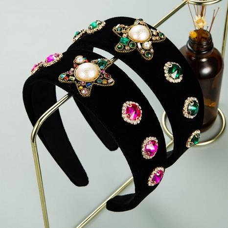 Diadema de flanco ancho de diamantes de aleación de franela barroca al por mayor NHLN368630's discount tags