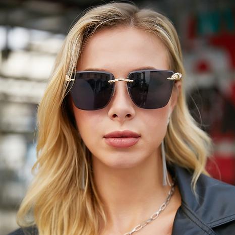 Gafas de sol con cabeza de leopardo de metal de moda NHLMO369016's discount tags