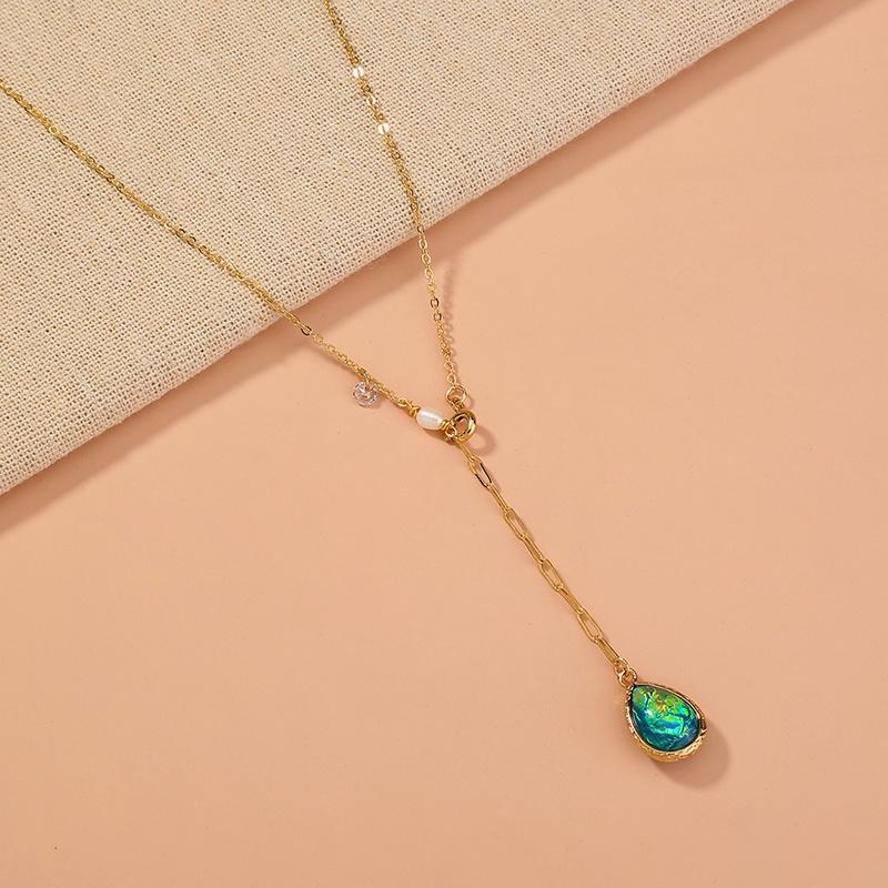 retro style metal irregular water drop shaped pendant necklace NHAN369268