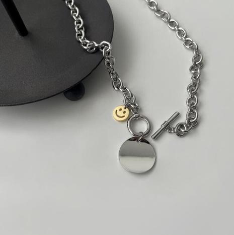 einfaches Smiley-Gesicht runde hängende OT-Schnalle Titanstahl kurze Halskette NHAB370085's discount tags