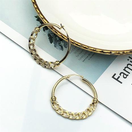 aretes circulares de circonitas con incrustaciones de cobre y cadena cubana simple NHPY370907's discount tags