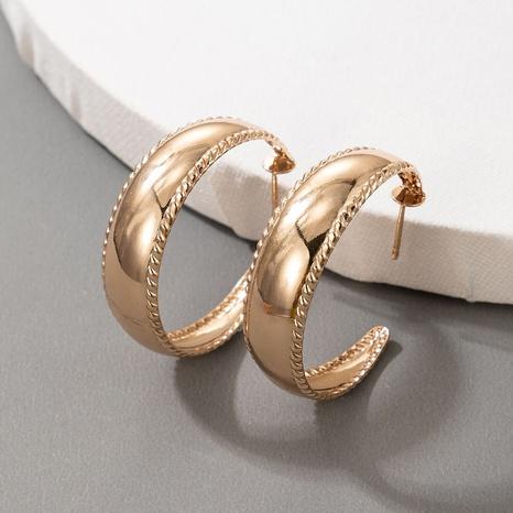 Nihaojewelry Schmuck Großhandel neue C-förmige geometrische Ohrringe NHGY374246's discount tags