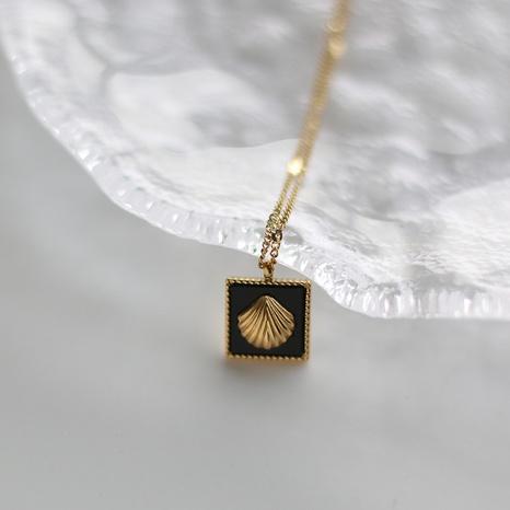 Collar de acero de titanio con concha cuadrada negra simple NHGC371411's discount tags