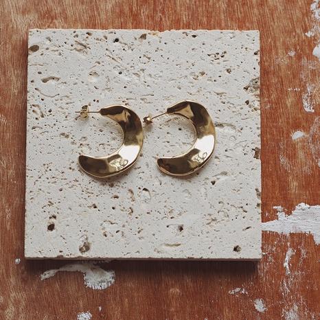 Pendientes de acero de titanio de hoja de estaño cóncavo-convexo de pieza curva de cuerno simple NHGC371454's discount tags