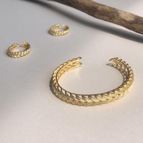 Retro woven hollow C-shaped copper bracelet  NHGI372847's discount tags