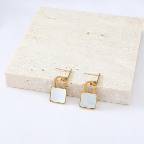 boucles d'oreilles en acier inoxydable en forme de serrure à pendentif coquille carrée simple NHYUN372928's discount tags