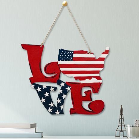 Pendentif en bois de mode LOVE décoration pendentif en bois NHHB373585's discount tags