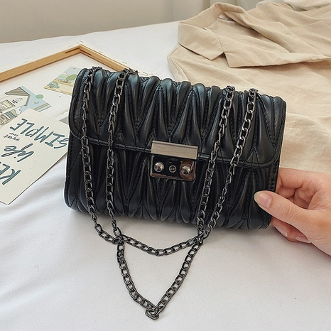 fashion casual chain shoulder messenger small square bag wholesale NHXC373743's discount tags