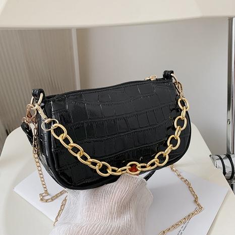 fashion metal chain rhumbus messenger bag wholesale NHXC373745's discount tags
