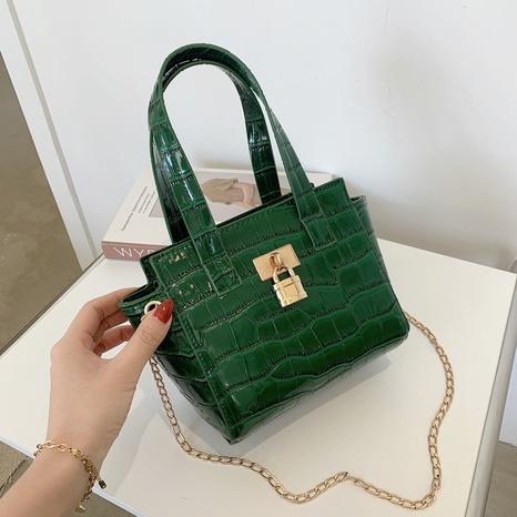 Simple Crocodile Pattern Shoulder Messenger Bag Wholesale NHXC373746's discount tags
