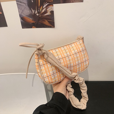 fashion simple plaid pattern portable shoulder small bag wholesale NHRU373916's discount tags