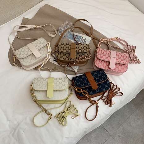 Korean letter pattern with chain messenger small bag wholesale NHJZ374224's discount tags