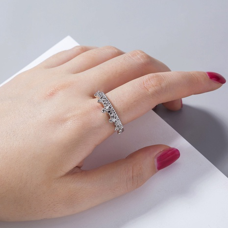 wholesale jewelry carved crown ring Nihaojewelry NHAN374495's discount tags