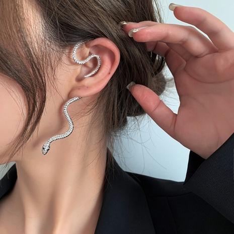 wholesale jewelry snake-shaped non-pierced earrings Nihaojewelry NHMS374758's discount tags