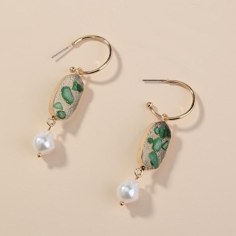 wholesale jewelry green crystal cluster Cshaped earrings Nihaojewelry NHAN374733