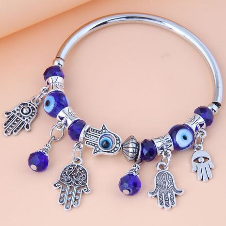 Nihaojewelry jewelry wholesale retro devil's eye palm pendant bracelet NHSC376087's discount tags