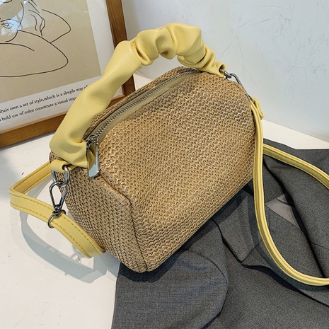 wholesale accessories woven straw messenger bag Nihaojewelry NHLH375814's discount tags