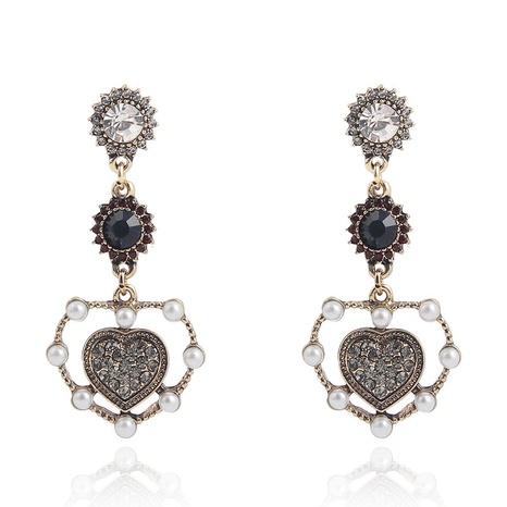 Pendientes en forma de corazón del diamante del color retro al por mayor de la joyería de Nihaojewelry NHQC376588's discount tags