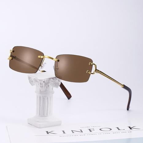 Gafas de sol con montura cuadrada de moda al por mayor NHLMO361805's discount tags