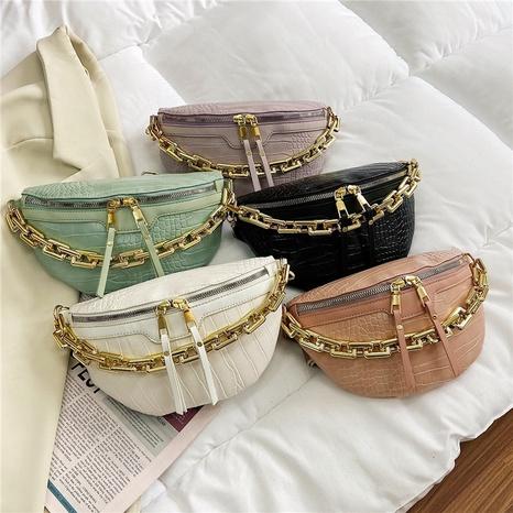 petit sac de poitrine à motif de crocodile de couleur unie à chaîne tendance NHTG362644's discount tags