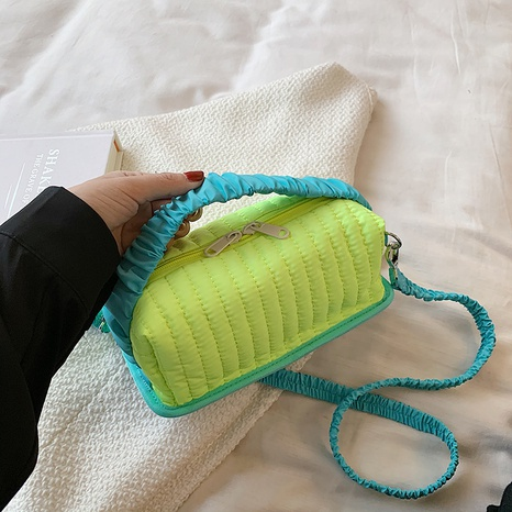 Sacs à main à une épaule couleur bonbon coréen NHTG362643's discount tags