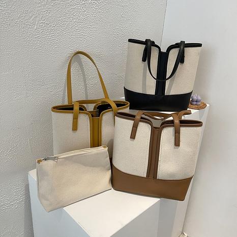 Sac fourre-tout diagonal à une épaule de couleur contrastante à coutures simples de style coréen NHTG362655's discount tags
