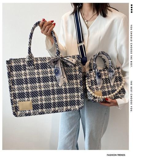 sac en toile fourre-tout à bandoulière large à motif écossais NHTG362672's discount tags