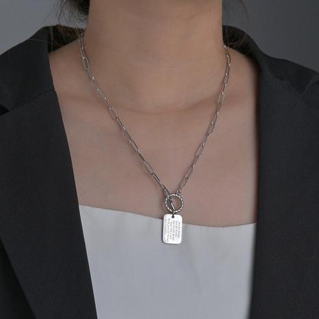 Collier de marque carré géométrique rétro NHHF363491's discount tags