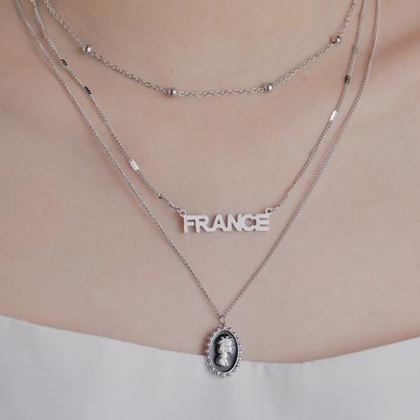 collier pendentif reine multicouche rétro NHHF363495's discount tags