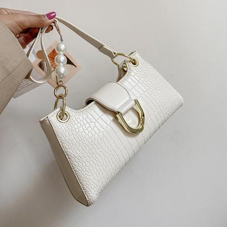 Bolso de axila de un solo hombro con cadena de perlas de color sólido coreano NHLH364749's discount tags