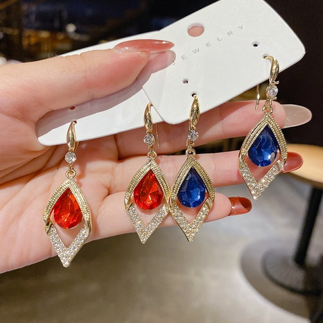 Nihaojewelry jewelry nuevos ganchos de oreja de gota de agua de diamante azul rojo al por mayor NHPA376425's discount tags