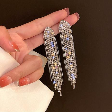 Al por mayor joyas pendientes triangulares geométricos de diamantes completos Nihaojewelry NHPA376435's discount tags