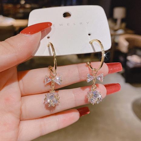 Pendientes de cobre con lazo de bola de diamantes de moda de Nihaojewelry, joyería al por mayor NHPA376447's discount tags