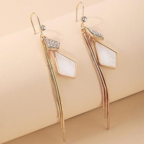 Nihaojewelry joyería al por mayor coreano con incrustaciones geométricas diamantes de imitación borla larga gancho para la oreja NHNJ376983's discount tags
