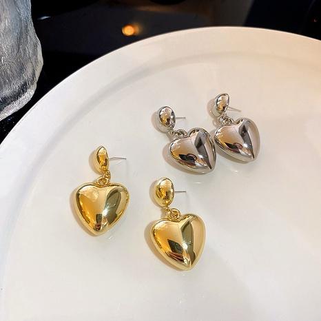 nihaojewelry coreano simple corazón colgante pendientes cortos joyería al por mayor NHQIY377058's discount tags