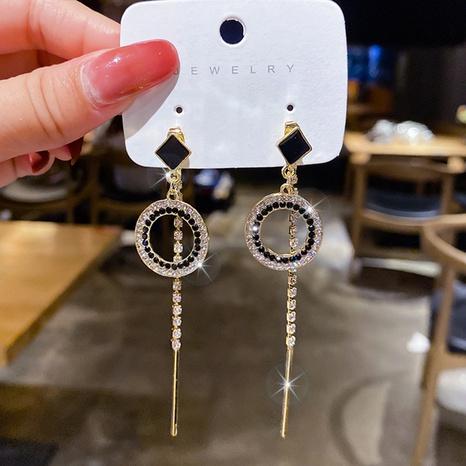 Al por mayor joyería borla larga aretes circulares de diamantes de imitación negros Nihaojewelry NHPA377163's discount tags