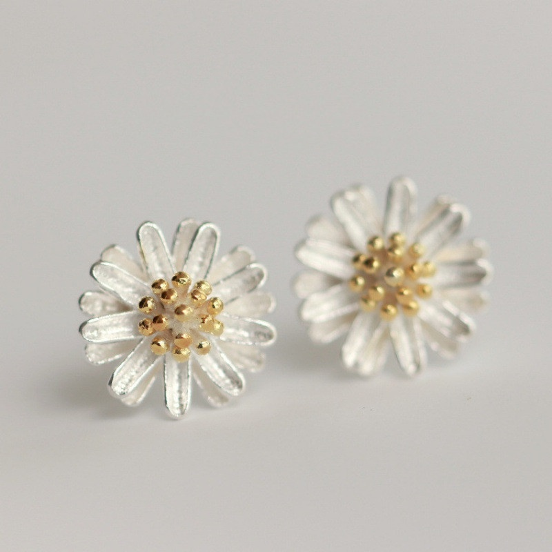 nihaojewelry fashion white daisy 925 sliver stud earrings wholesale jewelry NHHER376488