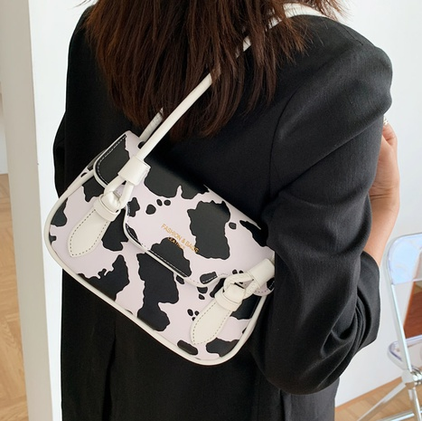 Nihaojewelry fashion cow pattern one-shoulder armpit bag wholesale NHLH382318's discount tags