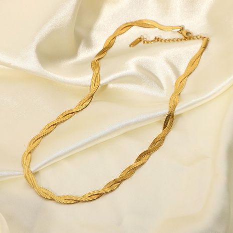 vente en gros bijoux simple chaîne de serpent plat croisé collier en acier inoxydable nihaojewelry NHJIE383046's discount tags