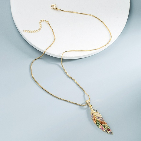 Großhandel Schmuck Retro-Blattform Anhänger Kupfer Halskette Nihaojewelry NHYIS383578's discount tags