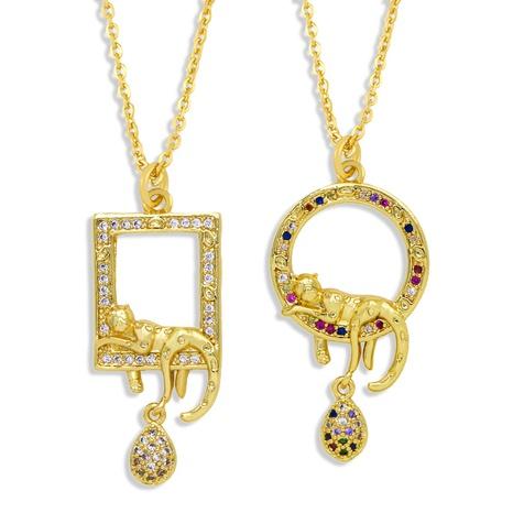 Großhandel Schmuck Mode geometrische Leopard Anhänger Kupfer eingelegte Zirkon Halskette nihaojewelry NHAS383631's discount tags