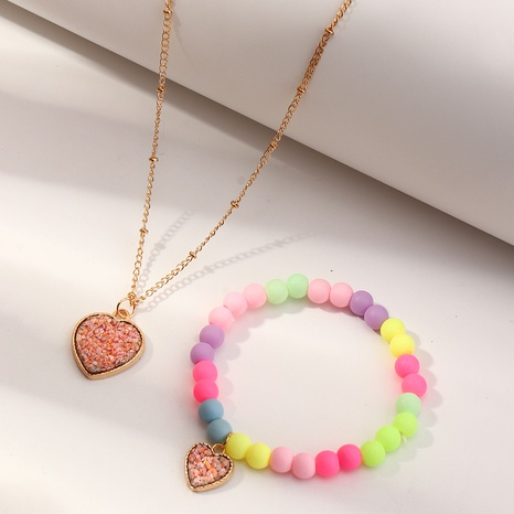 Nihaojewelry Bijoux En Gros Coréen Couleur Bonbon Perlé Coeur Pendentif Enfants Bracelet Collier Ensemble NHNU384610's discount tags