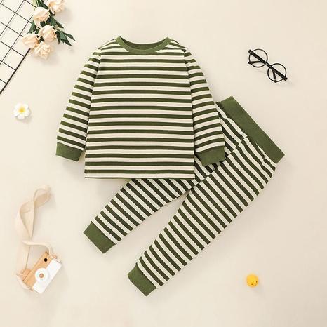Al por mayor camiseta a rayas para niños traje de dos piezas Nihaojewelry NHLF384479's discount tags