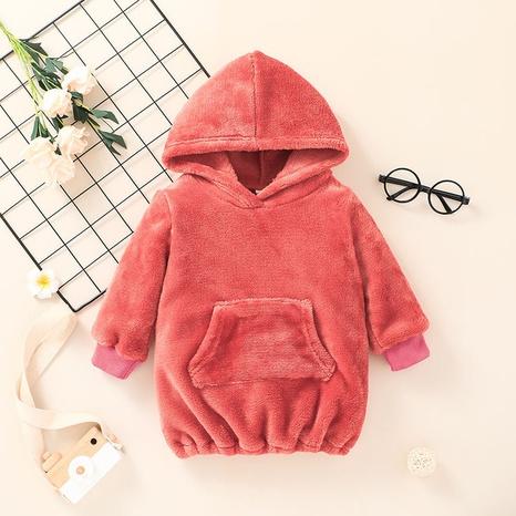 Chaqueta de jersey con capucha de felpa de color sólido para niños de moda de Nihaojewelry al por mayor NHLF384489's discount tags