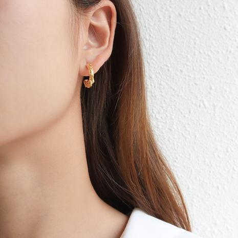 bijoux en gros boucles d'oreilles de mode irrégulières en acier inoxydable en forme de C Nihaojewelry NHJIE384712's discount tags