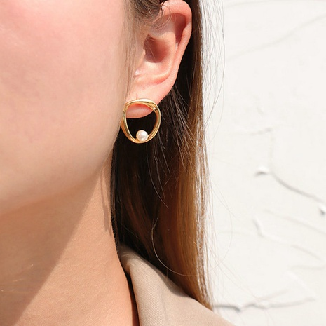 vente en gros bijoux boucles d'oreilles en acier inoxydable imitation perle géométrique irrégulière Nihaojewelry NHJIE384713's discount tags