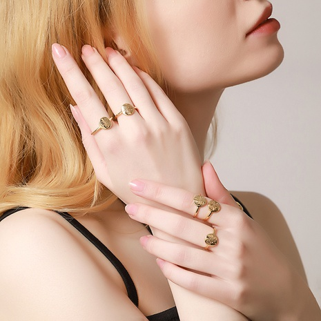 vente en gros bijoux bague ronde simple en forme de fleur Nihaojewelry NHUW384872's discount tags